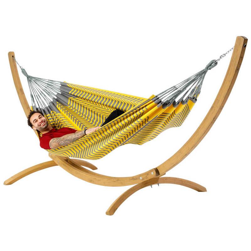 Tweepersoons hangmat Sounds of Peru met houten standaard